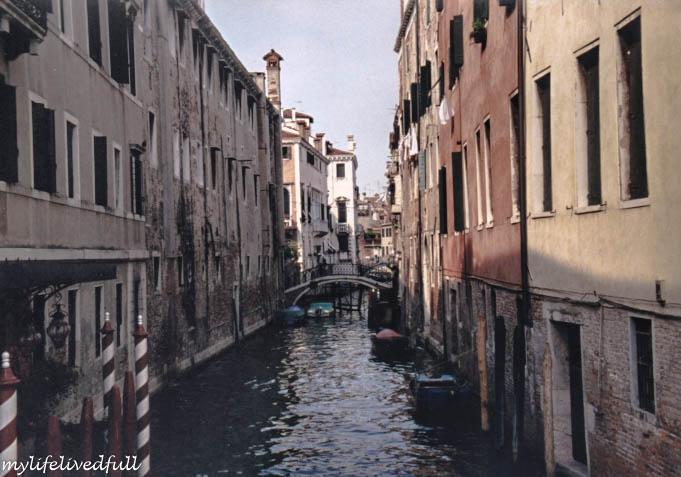 V = Venice2