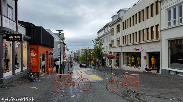 R = Reykjavik