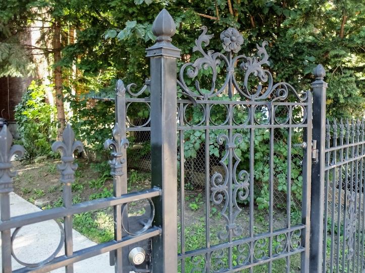 heritage-gate1