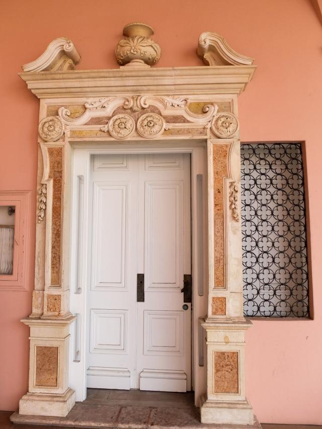 ringling-door3