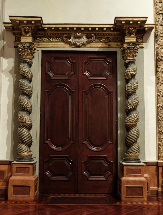 ringling-door5